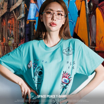[S11925] SPACE PEACE T-SHIRT